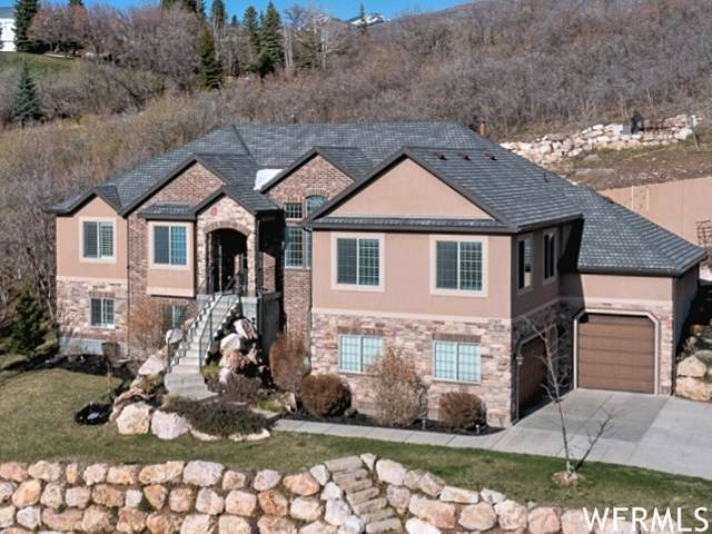 2797 S Cove Ln E, Bountiful, UT 84010 (#1738075) :: Red Sign Team
