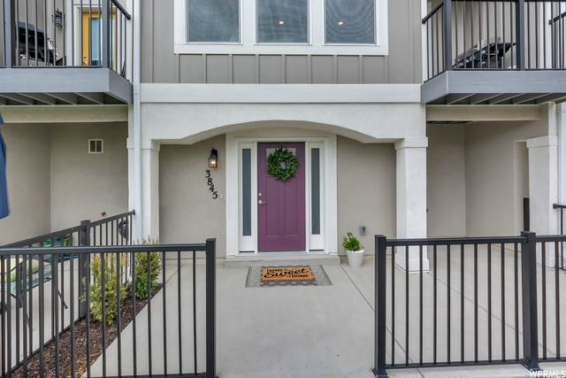 3845 W Gartmore Ln S #120, Taylorsville, UT 84129 (MLS #1738275) :: Summit Sotheby's International Realty