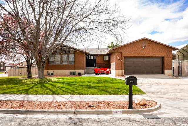 5329 S 3675 W, Roy, UT 84067 (#1738967) :: Bustos Real Estate | Keller Williams Utah Realtors