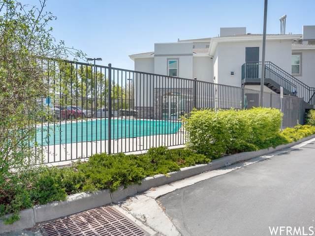 1174 E 3300 S #112, Salt Lake City, UT 84106 (#1739348) :: Utah Dream Properties