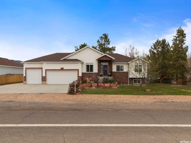 209 Main St, Henefer, UT 84033 (MLS #1739485) :: High Country Properties