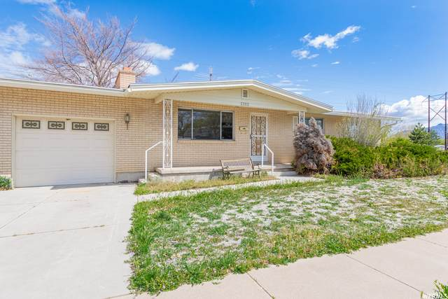 2352 W 4600 S, Roy, UT 84067 (#1739492) :: Exit Realty Success