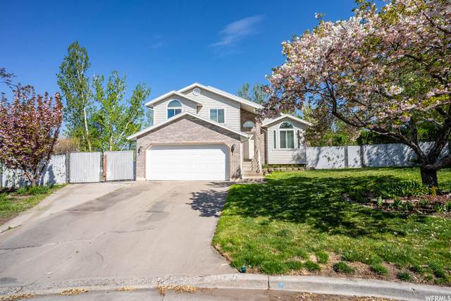1365 N Lupine Way W, Farmington, UT 84025 (#1739873) :: Red Sign Team