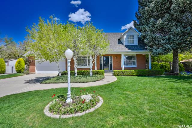 1621 E Royal Oak Cir, Sandy, UT 84092 (#1740008) :: goBE Realty