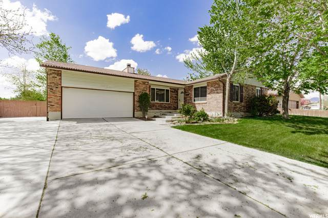 2665 W Meadow Ridge Dr, West Jordan, UT 84088 (#1740136) :: Big Key Real Estate