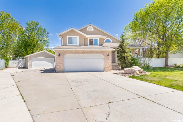 1311 S 150 E, Kaysville, UT 84037 (#1740146) :: Red Sign Team