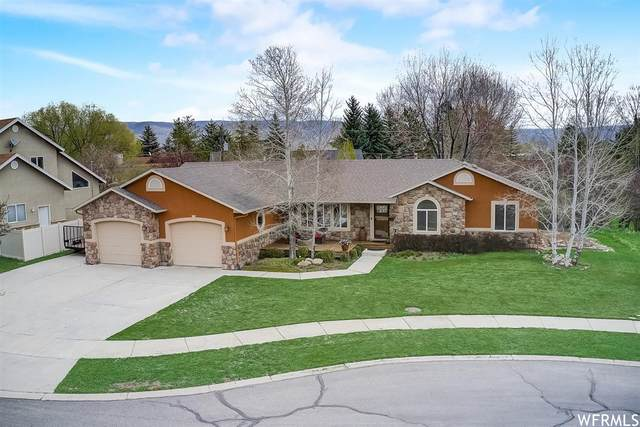 860 N Swiss Farm Cir, Midway, UT 84049 (#1740154) :: Red Sign Team