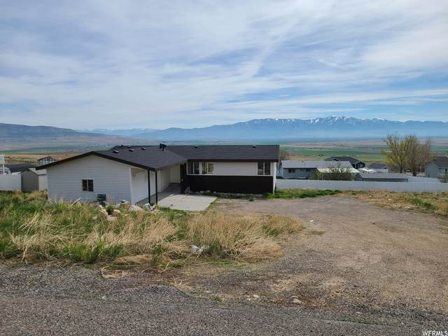 11048 Cullimore Ln, Tremonton, UT 84337 (#1740177) :: UVO Group | Realty One Group Signature