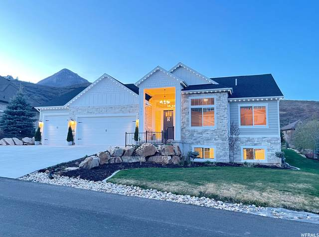345 E Saddle Dr, Midway, UT 84049 (#1740185) :: Red Sign Team