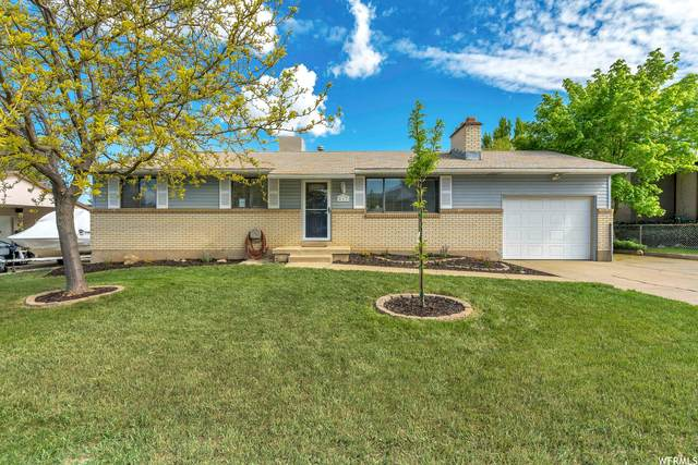 217 Wilson Rd, North Salt Lake, UT 84054 (#1740297) :: Black Diamond Realty