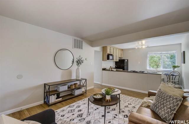 650 N 300 W #249, Salt Lake City, UT 84103 (MLS #1740460) :: Summit Sotheby's International Realty