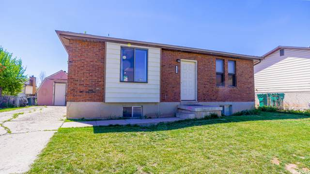 1940 S 200 St E, Clearfield, UT 84015 (#1740484) :: Big Key Real Estate
