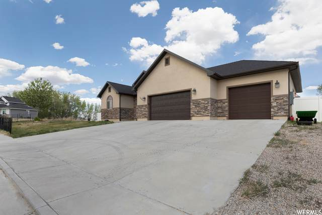 1364 N 4075 W, Vernal, UT 84078 (#1740551) :: The Lance Group