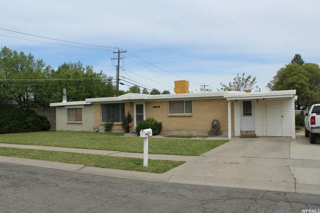 2054 W 3420 S, West Valley City, UT 84119 (#1740760) :: Villamentor