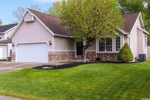 791 E Meadow Wood Dr S, Draper, UT 84020 (#1741001) :: The Perry Group