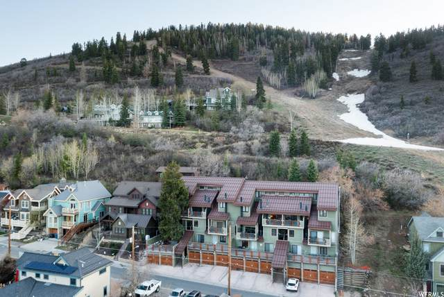 445 Woodside Ave, Park City, UT 84060 (#1741269) :: The Lance Group