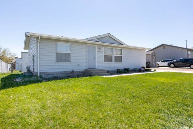 3157 S Old Glory Cir W, Magna, UT 84044 (#1741300) :: Black Diamond Realty
