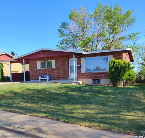 107 W 2200 N, Clearfield, UT 84015 (#1741464) :: Doxey Real Estate Group