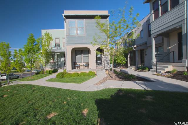 4887 W South Jordan Pkwy S, South Jordan, UT 84009 (#1741630) :: Black Diamond Realty