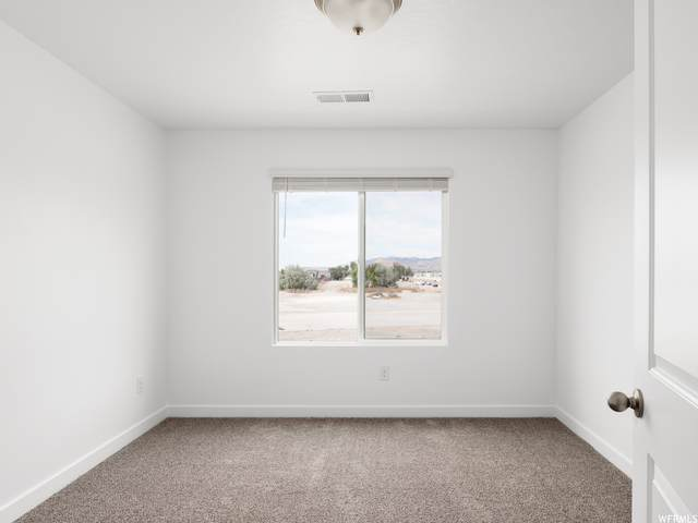 1146 W Fox Run Ave #103, Santaquin, UT 84655 (#1741688) :: Black Diamond Realty