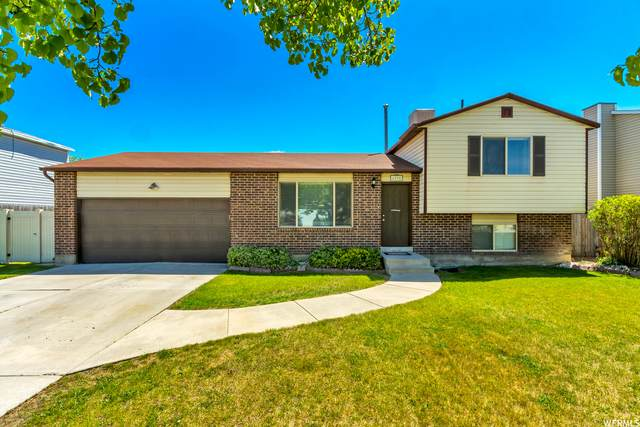 6295 W 2900 S, West Valley City, UT 84128 (#1741757) :: Colemere Realty Associates