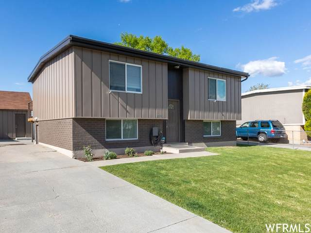 3296 W Blueridge Dr S, Taylorsville, UT 84129 (#1741909) :: Black Diamond Realty
