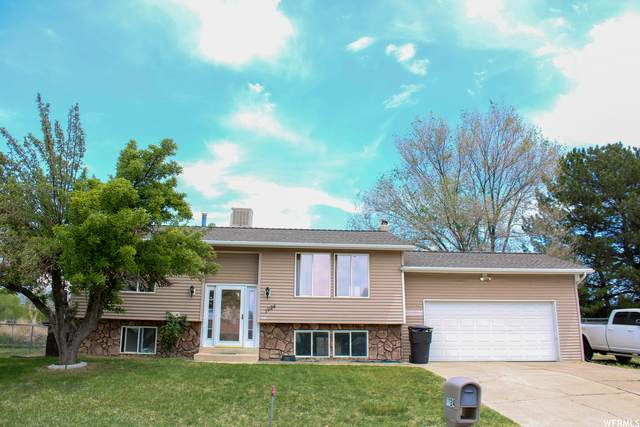 1924 N 550 W, Clinton, UT 84015 (MLS #1742275) :: Lawson Real Estate Team - Engel & Völkers
