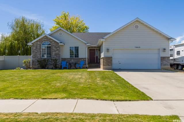1909 N 750 W, Clinton, UT 84015 (#1742280) :: Utah Best Real Estate Team | Century 21 Everest