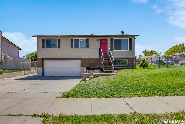 3949 W Squire Dr, Taylorsville, UT 84129 (#1742810) :: Gurr Real Estate