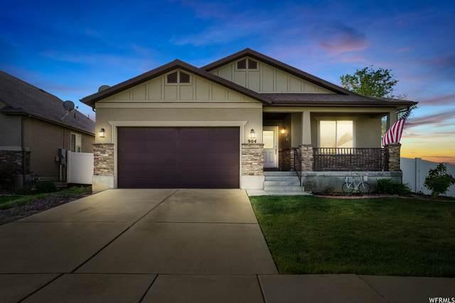 904 E Sam Cir, Clearfield, UT 84015 (#1742871) :: Bustos Real Estate | Keller Williams Utah Realtors