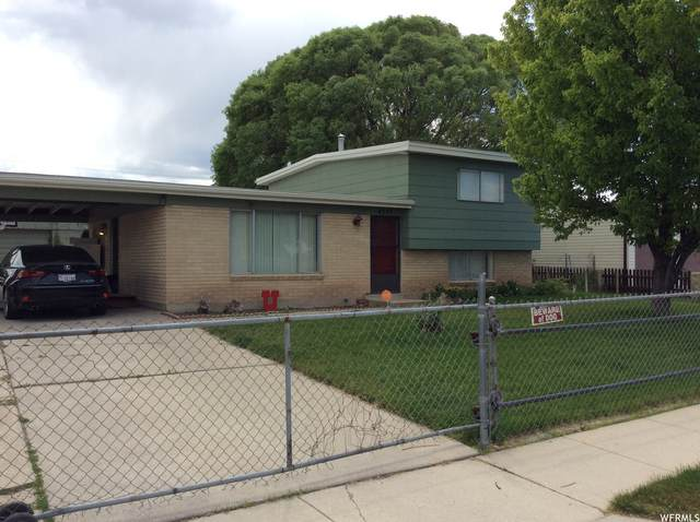 4555 W Palmer Dr S, West Valley City, UT 84120 (#1743245) :: Utah Real Estate