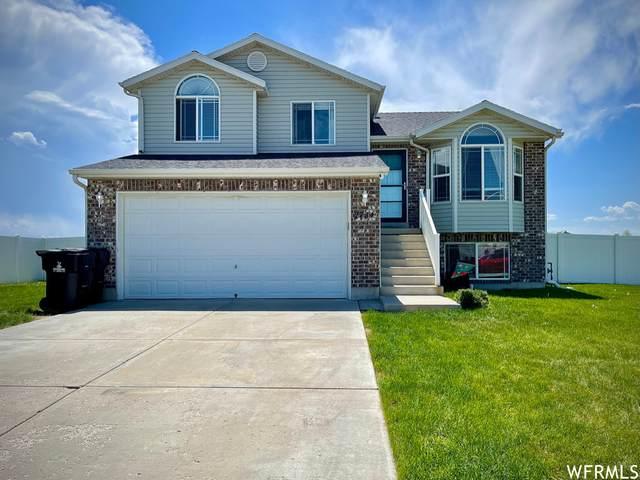 2731 W 2300 S, Syracuse, UT 84075 (#1743261) :: Bustos Real Estate | Keller Williams Utah Realtors