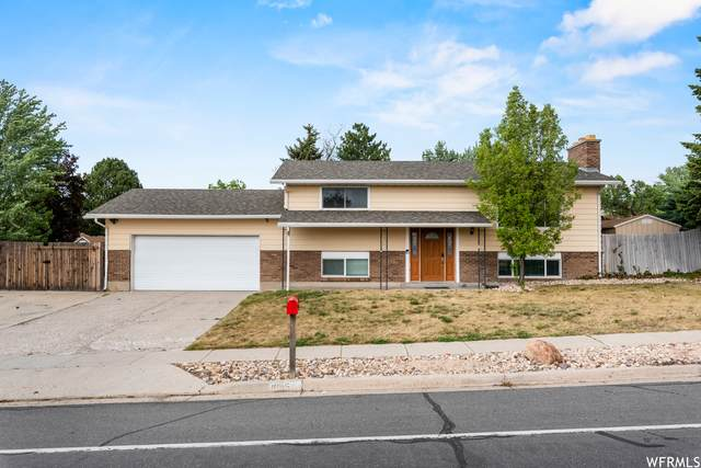 1095 E 11000 S, Sandy, UT 84094 (#1743384) :: UVO Group | Realty One Group Signature