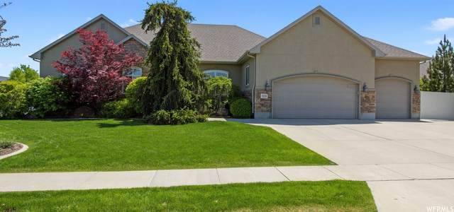 3233 W Smithfield Cir, South Jordan, UT 84095 (#1743402) :: Gurr Real Estate