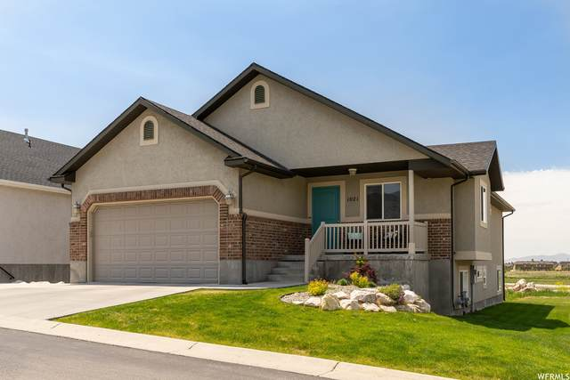 1021 W 3000 N, Pleasant View, UT 84414 (#1743617) :: Gurr Real Estate