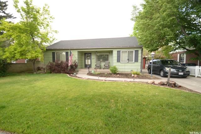 1127 E Charlton Ave, Salt Lake City, UT 84106 (#1743759) :: Gurr Real Estate