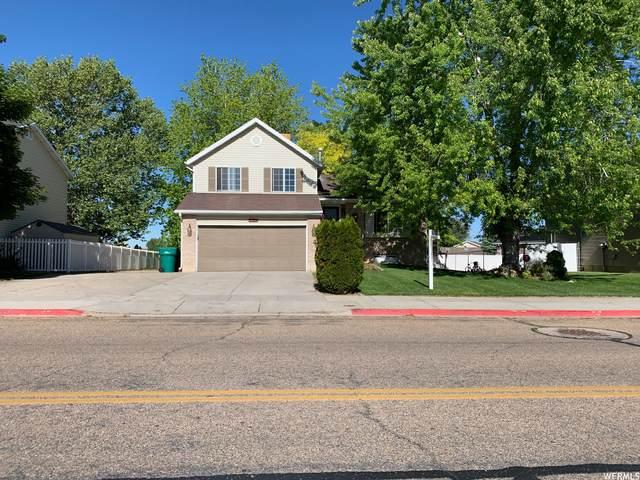 4647 S 2900 W, Roy, UT 84067 (#1744661) :: Bustos Real Estate | Keller Williams Utah Realtors