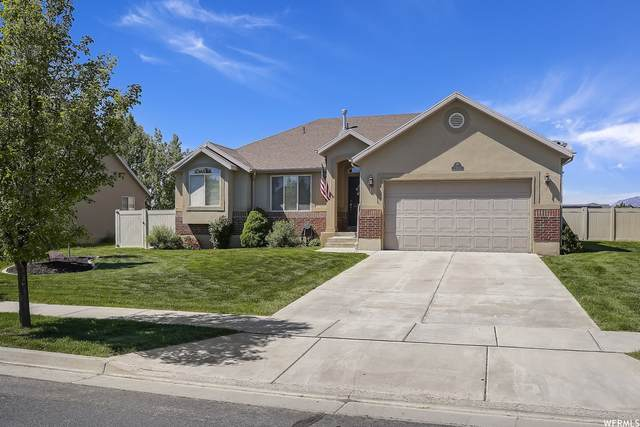 2714 W 2025 N, Clinton, UT 84015 (#1745010) :: Doxey Real Estate Group