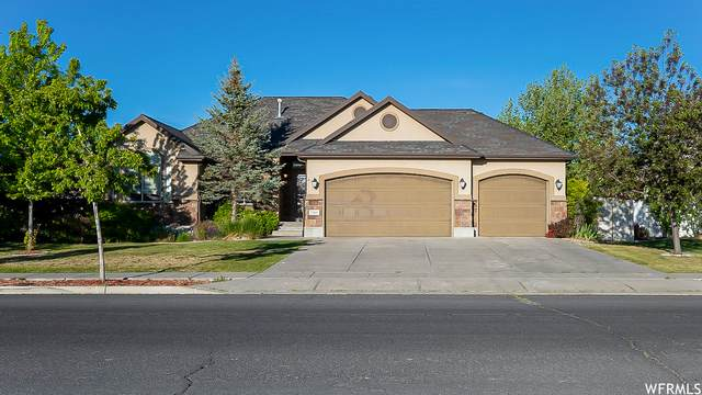 2368 N Cranefield Rd, Clearfield, UT 84015 (#1745109) :: Exit Realty Success