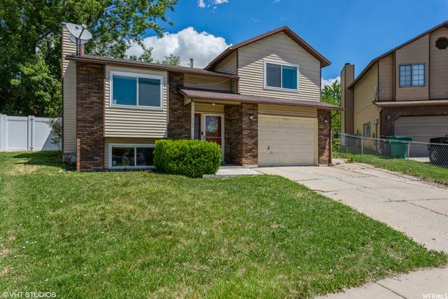 405 W 150 N, Clearfield, UT 84015 (#1745372) :: UVO Group | Realty One Group Signature