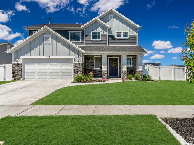 1438 W Willow Creek Ct, Syracuse, UT 84075 (#1745435) :: UVO Group | Realty One Group Signature