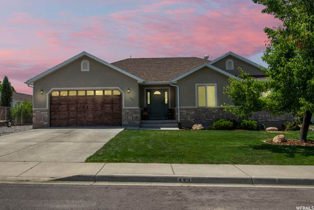 693 N 100 E, Santaquin, UT 84655 (#1745634) :: UVO Group | Realty One Group Signature