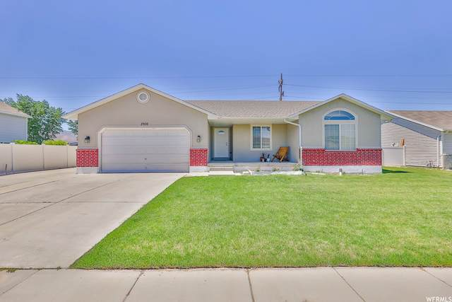 2936 S Dovetail Dr W, West Valley City, UT 84128 (#1746192) :: Utah Real Estate