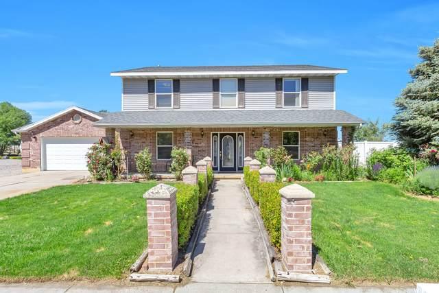 1461 N Willow Valley Dr W, Centerville, UT 84014 (#1746766) :: Gurr Real Estate