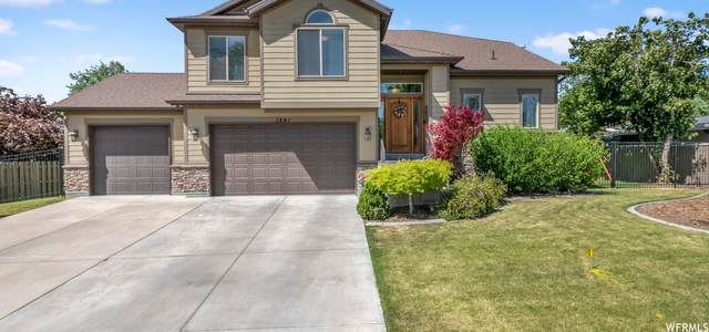 1841 Southmoor Dr, Holladay, UT 84117 (#1747354) :: UVO Group | Realty One Group Signature