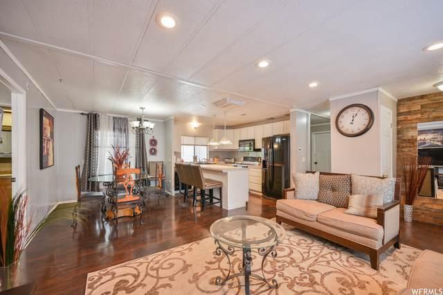 4568 S Foxglove Dr, Taylorsville, UT 84123 (#1747551) :: Gurr Real Estate
