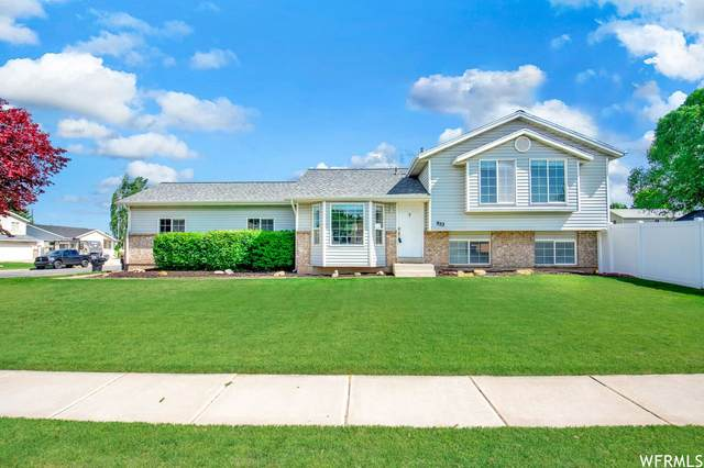 933 W 1870 N, Clinton, UT 84015 (#1747809) :: The Perry Group