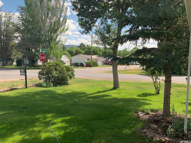 290 E 500 S, Heber City, UT 84032 (#1747861) :: UVO Group   Realty One Group Signature