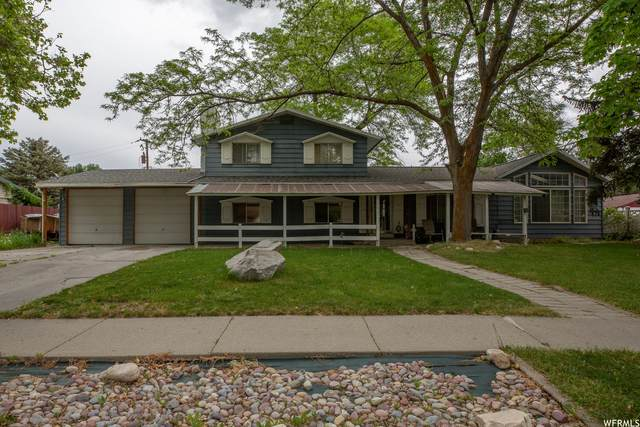 3791 S 3025 W, West Valley City, UT 84119 (#1747932) :: Colemere Realty Associates