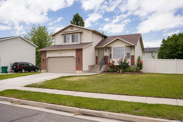 1127 N 2525 W, Layton, UT 84041 (#1748406) :: Utah Dream Properties